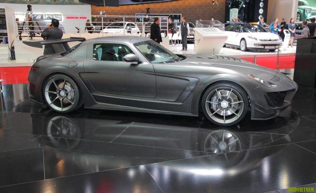Công nghệ tuyệt vời trên Mercedes SLS AMG chạy điện